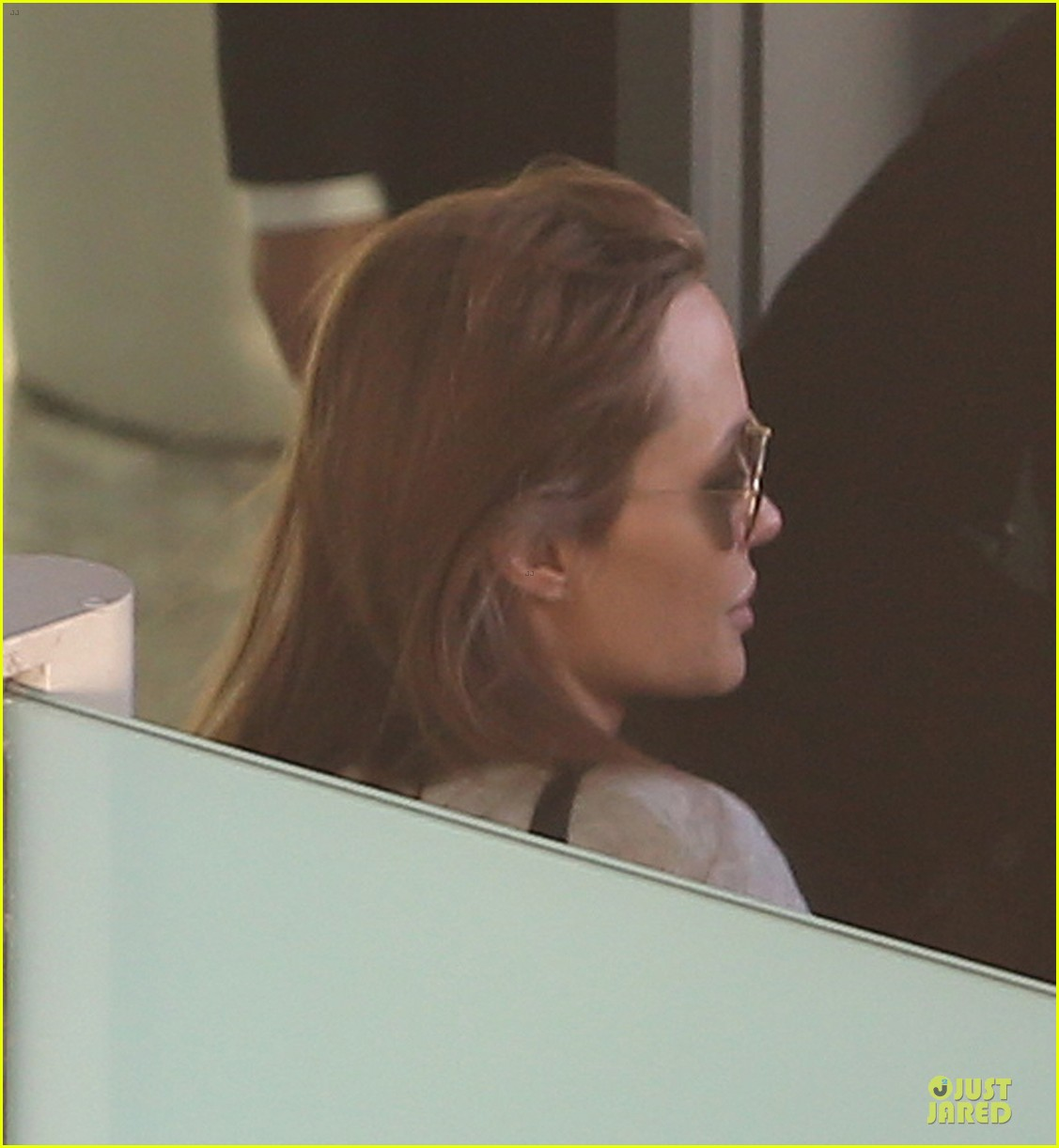 angelina jolie brad pitt post valentines day reunion in london 21