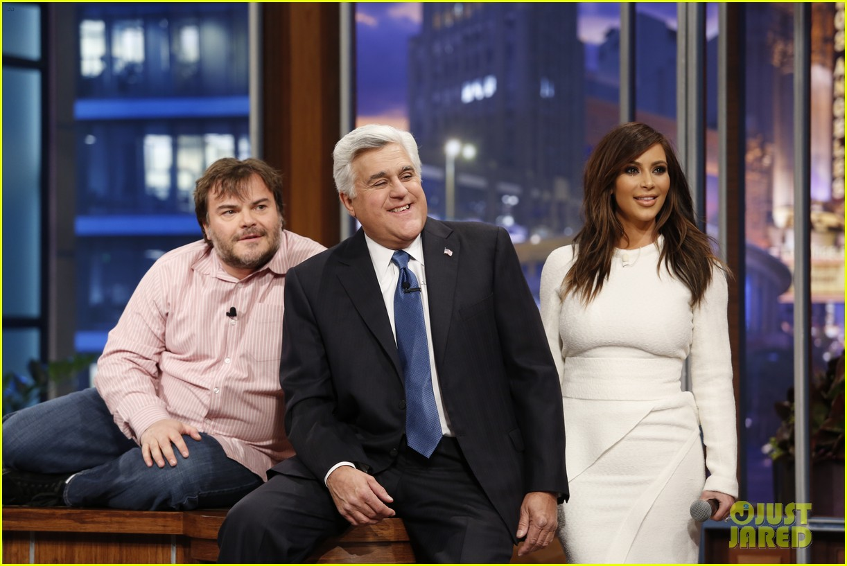 kim kardashian oprah sing for jay leno at his final show 02