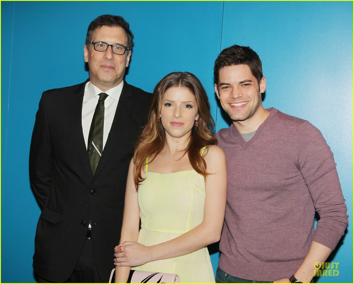 anna kendrick jeremy jordan last five years nyc screening 02