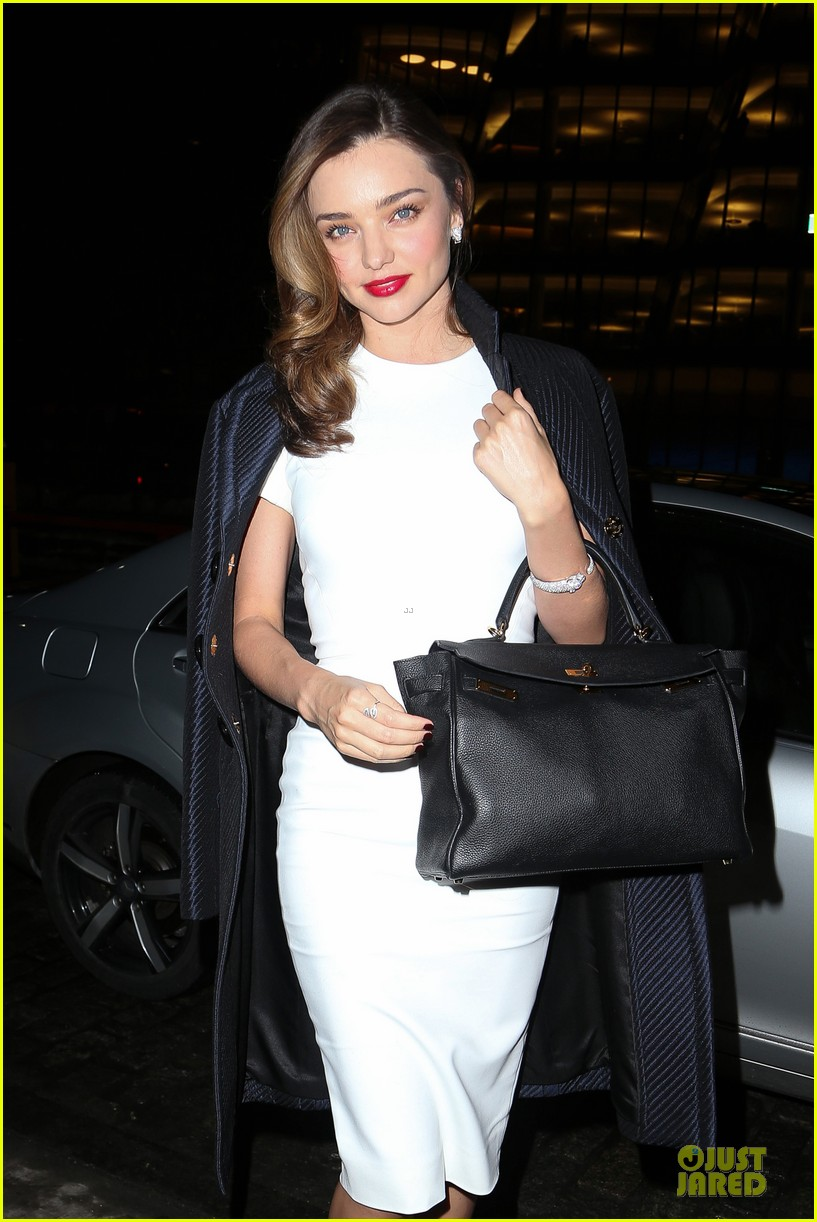 miranda kerr illuminates new york city with her beauty 023047812