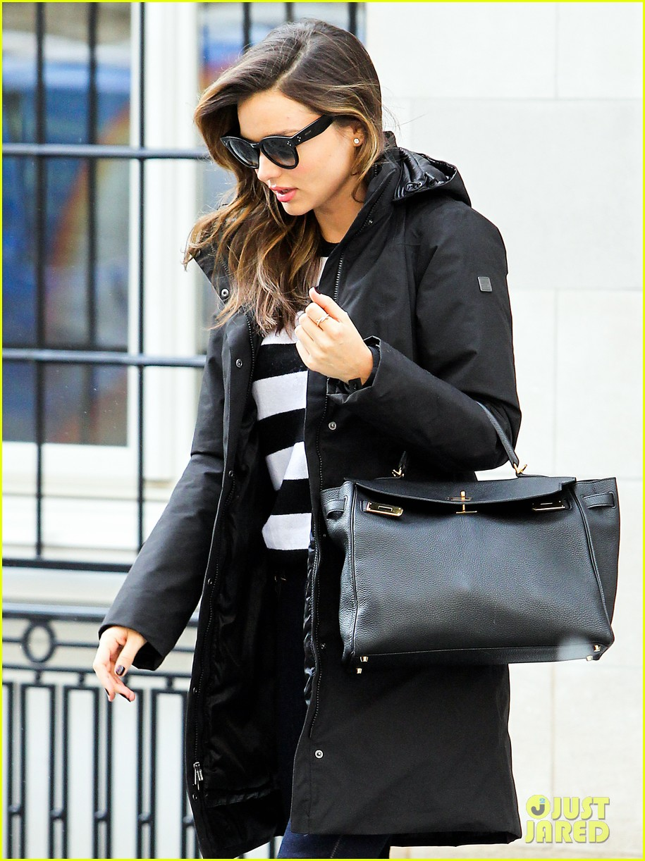 miranda kerr steps out after hm news 10