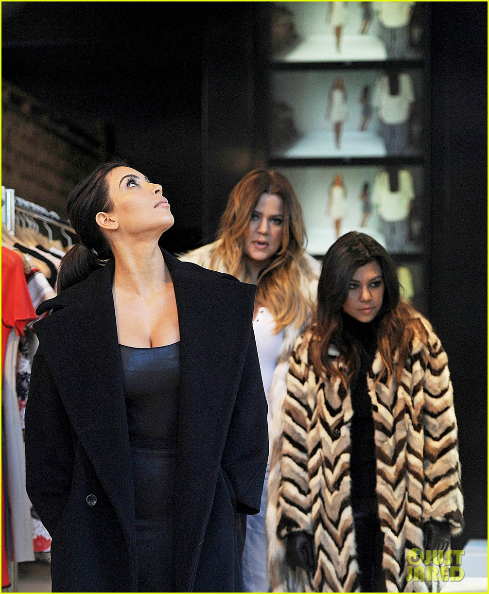 kim kardashian films kuwtk with her sisters khloe sends message on coat fxck yo fur 23