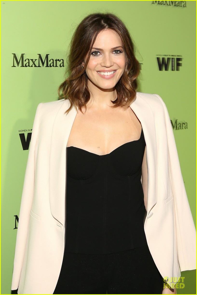 jaime king mandy moore helps honors oscar nominees at women in film party 073062602