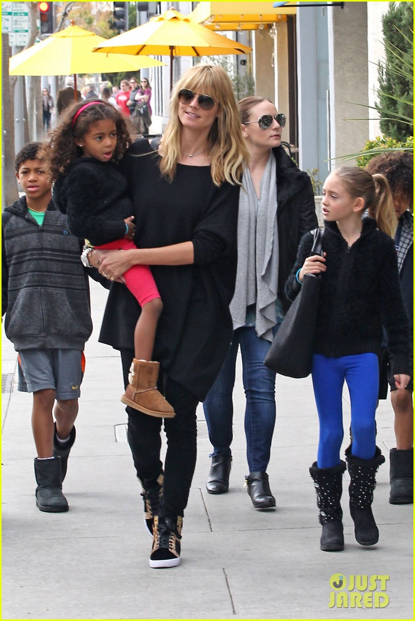 heidi klum sunday lunch with the kids 023050564