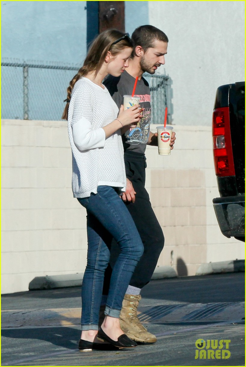 shia labeouf girlfriend mia goth pda pair while shopping 193055268