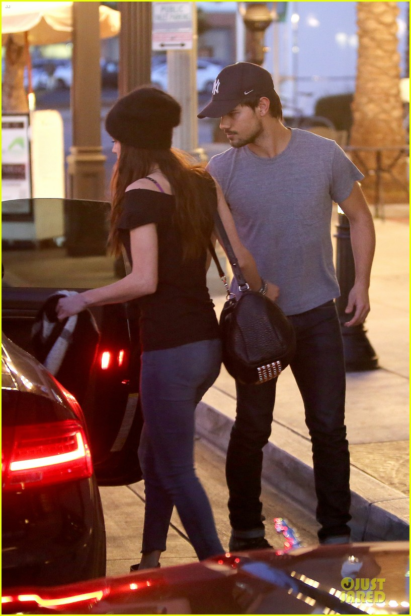 taylor lautner marie avgeropoulos hold hands for dinner 04