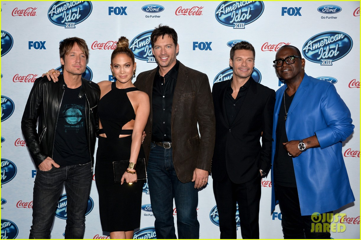 jennifer lopez american idol top 13 celebration 013057578