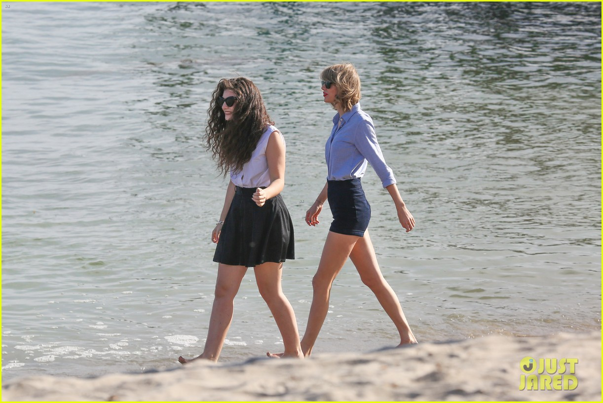lorde gets breakfast with kiernan shipka after beach day with taylor swift 053059832