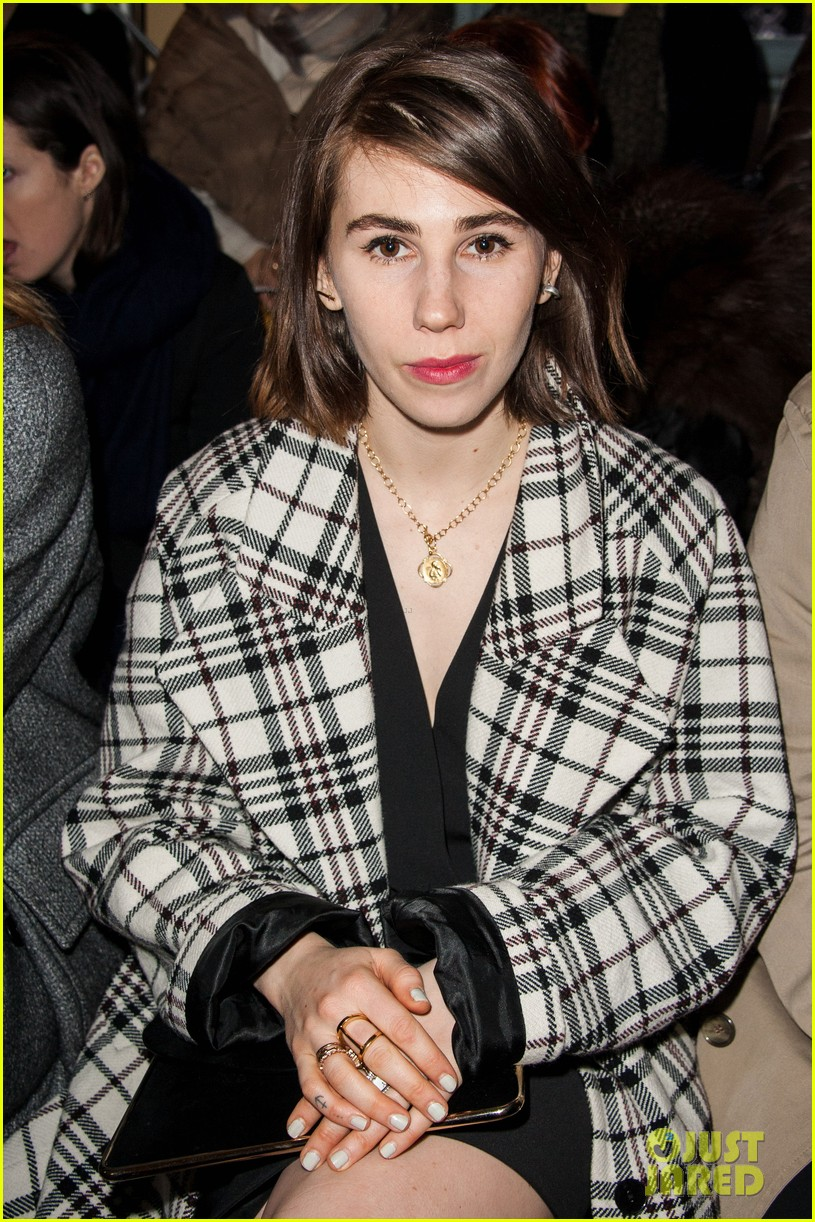 zosia mamet gets front seat view for carven show 01
