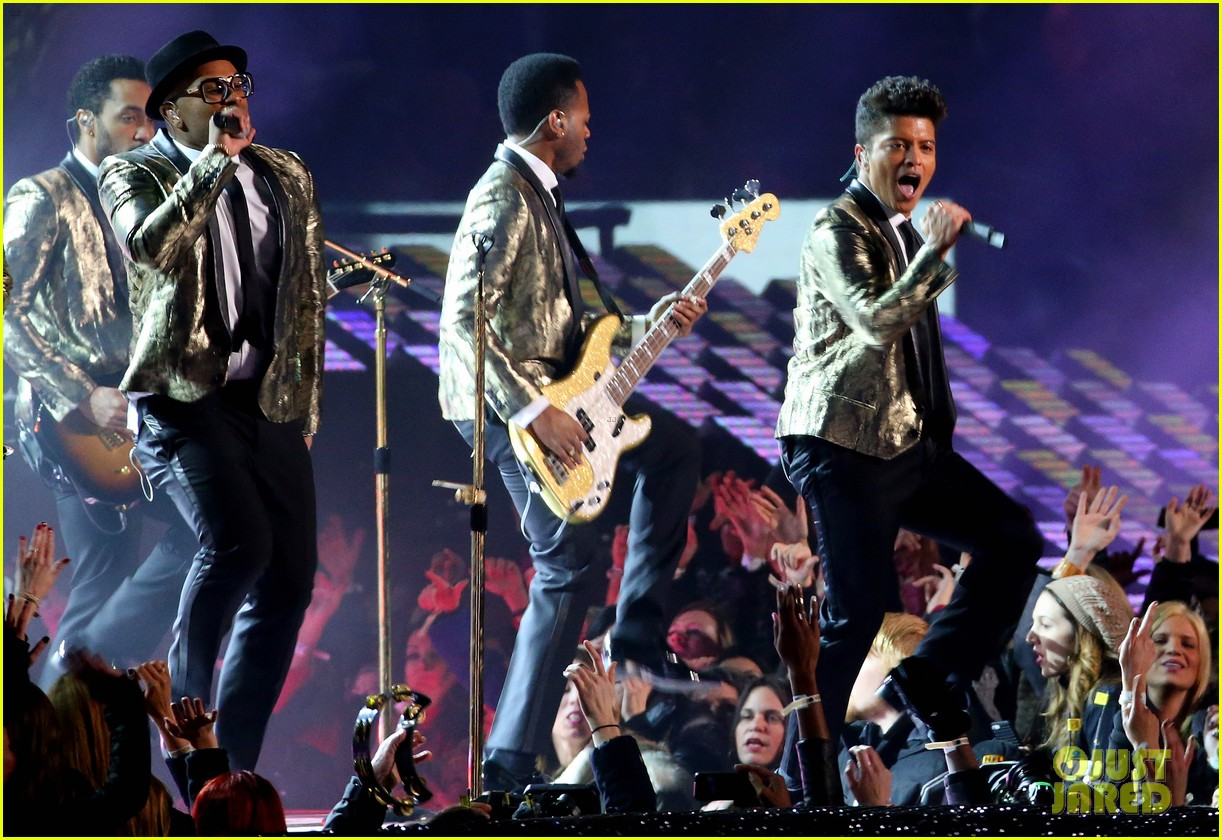 bruno mars super bowl halftime show 2014 video watch now 03