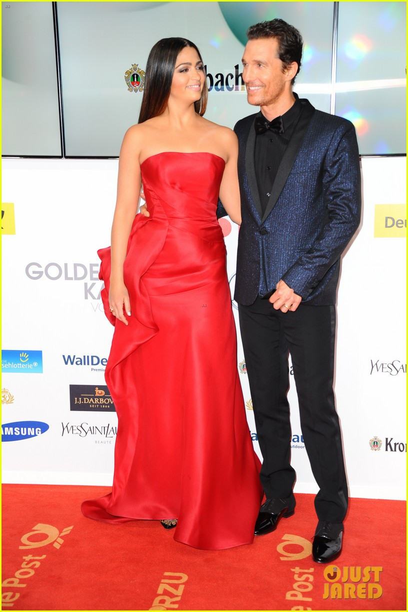 matthew mcconaughey camila alves picture perfect pair at goldene kamera awards 14