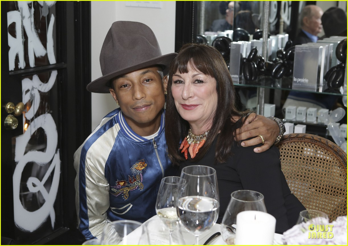 eva mendes pharrell williams elizabeth taylor tribute dinner 04