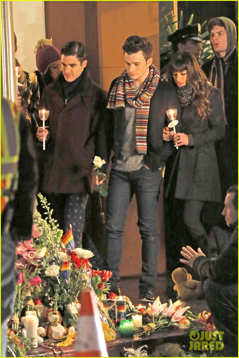 lea michele chris colfer film memorial scene for glee 183060844