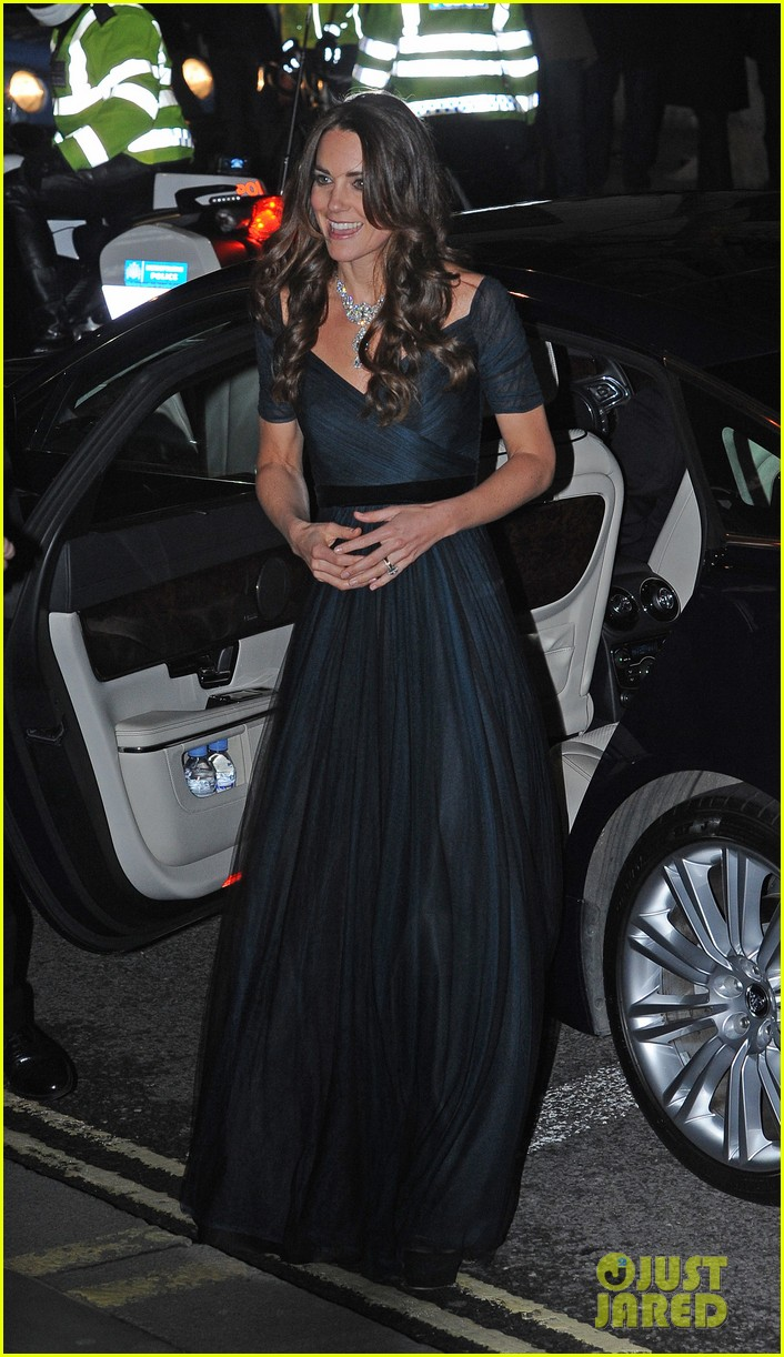 kate middleton makes first official appearance in 2014 at national portrait gala 103051440