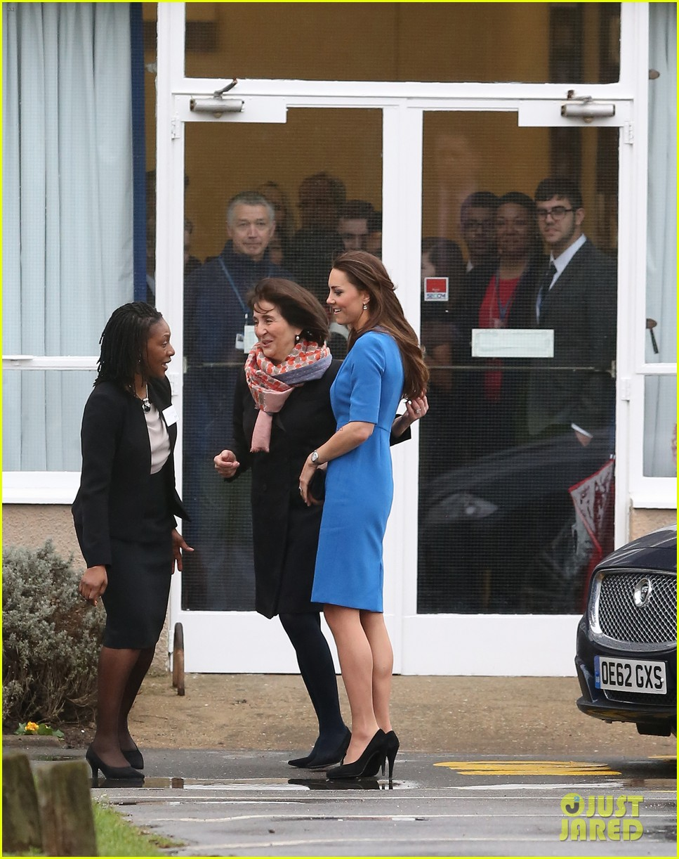 kate middleton opens the icap art room on valentines day 133053299
