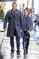 olivia munn joel kinnaman hold hands on wet valentines day 05