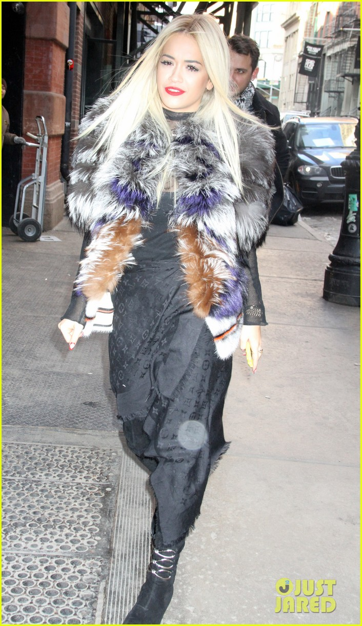 rita ora paper magazine photo shoot in new york city 01