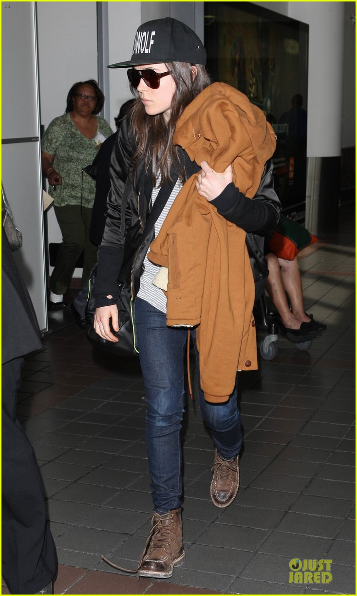 ellen page steps out after coming out as gay 083055868