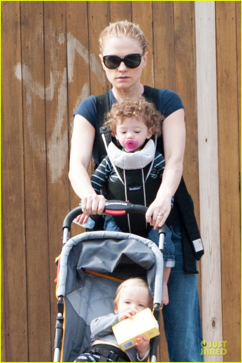 anna paquin casual saturday stroll with the twins 02