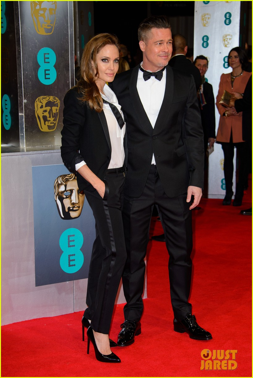 brad pitt wins best film at baftas 2014 watch video here 28