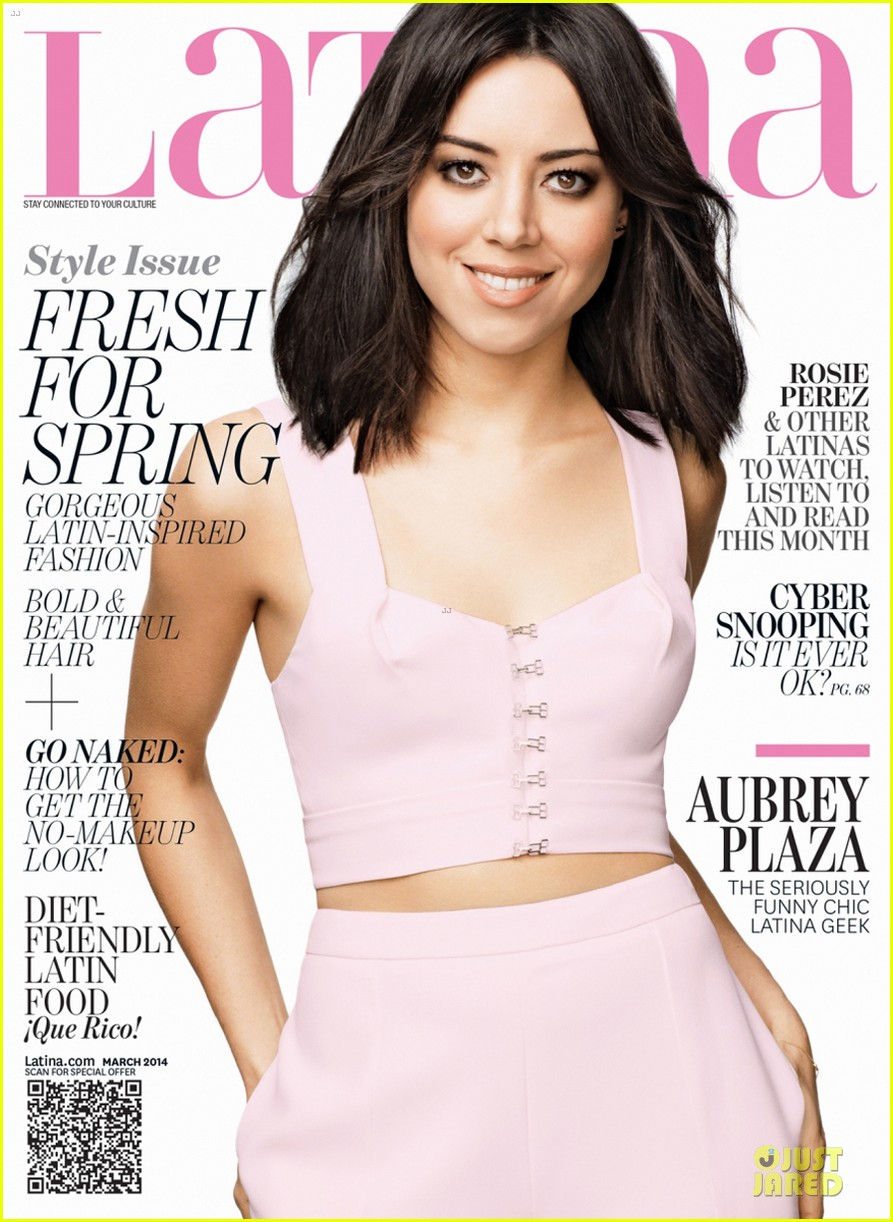 aubrey plaza bares midriff for latina magazine march 2014 issue 01