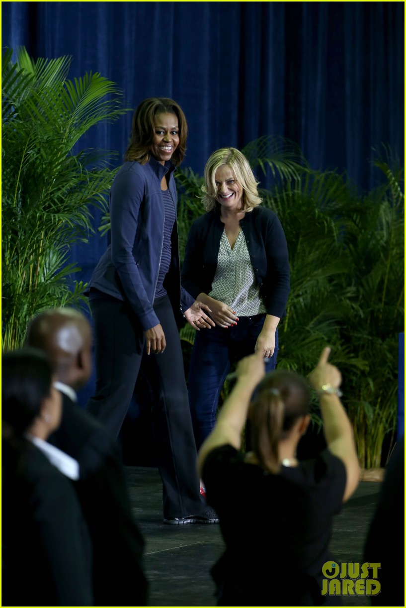 amy poehler michelle obama promote lets move initiative 053060934