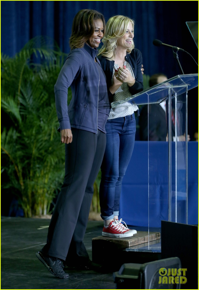 amy poehler michelle obama promote lets move initiative 08