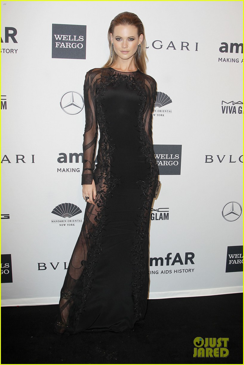 behati prinsloo lily aldridge supermodels take over amfar gala 03