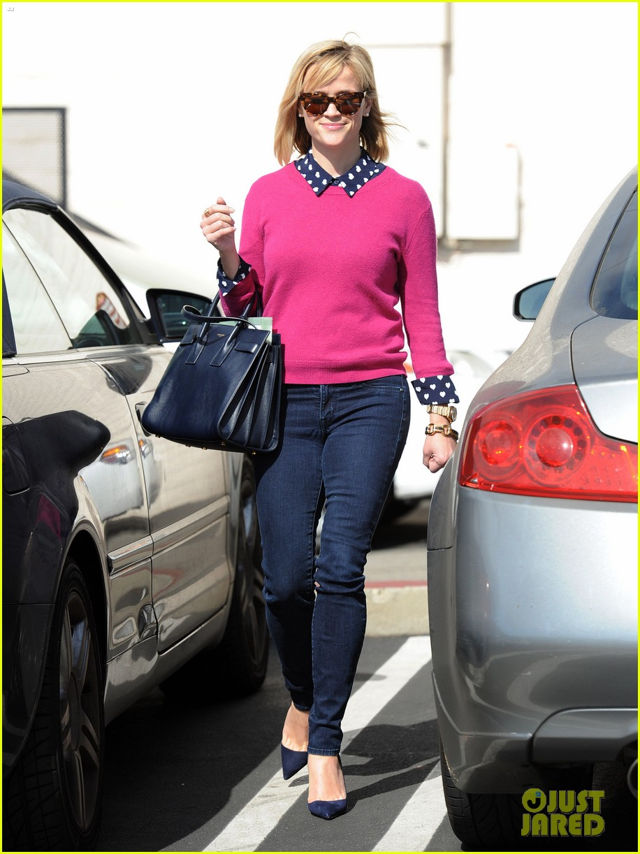 reese witherspoon i take hip hop dance classes 11
