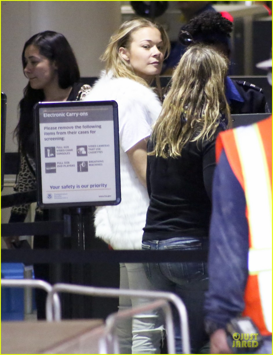 leann rimes writes a song before salt lake city flight 023058215