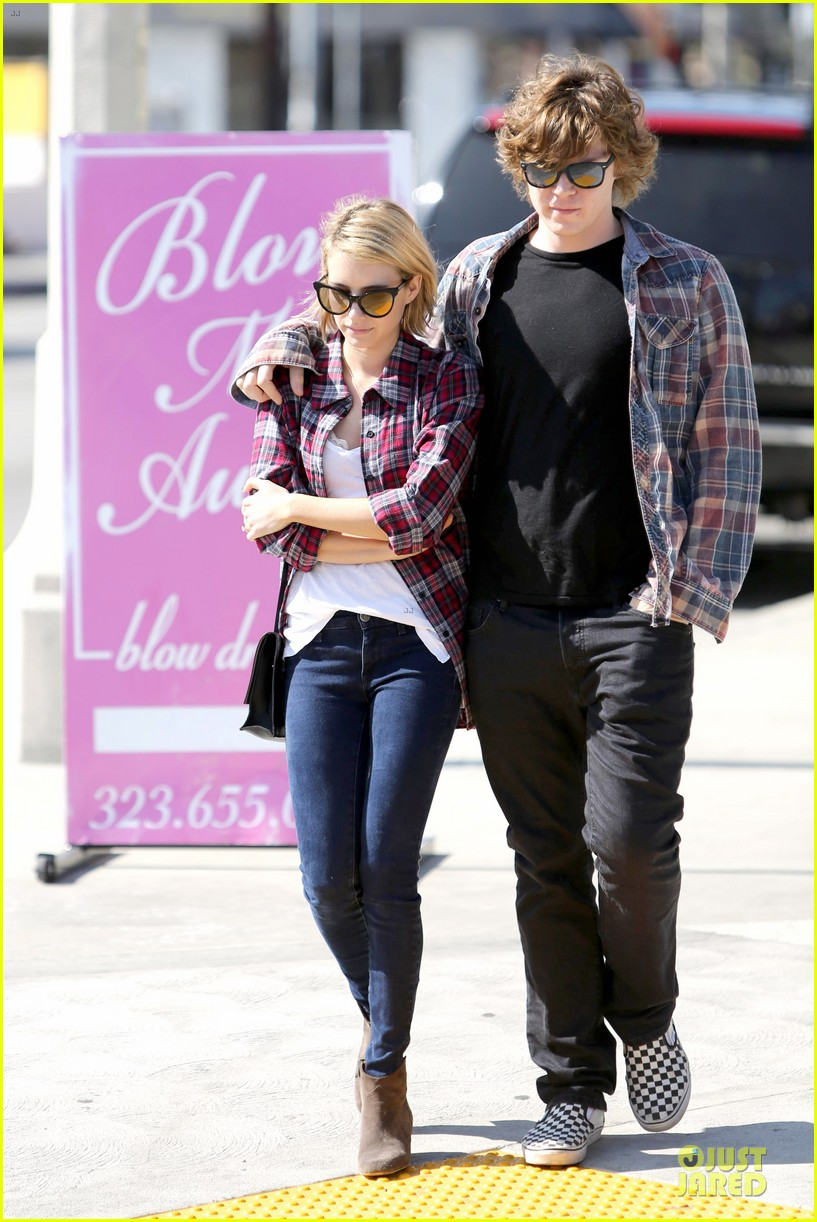 emma roberts toasts 23rd birthday with evan peters 193051172