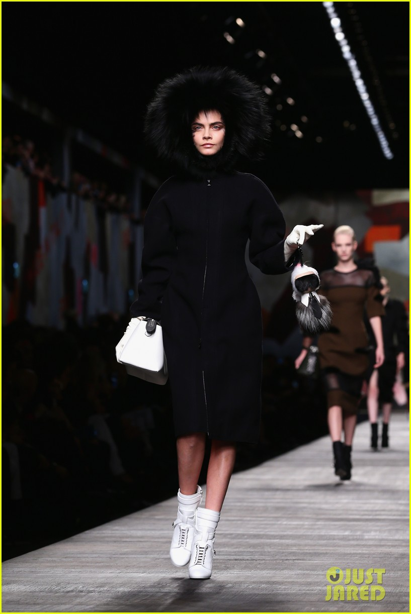 michelle rodriguez supports rumored girlfriend cara delevingne at fendi show 03
