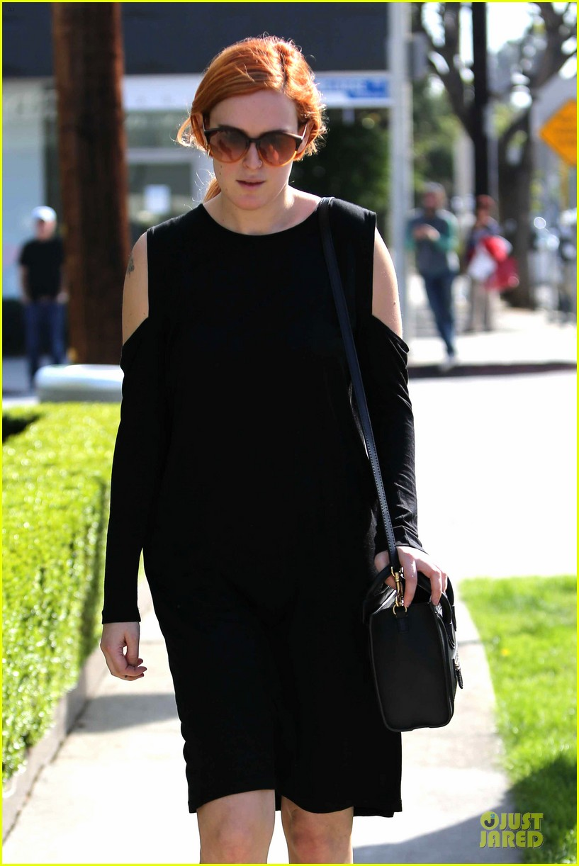 rumer willis rocks lighter hair at andy lecompte salon 23