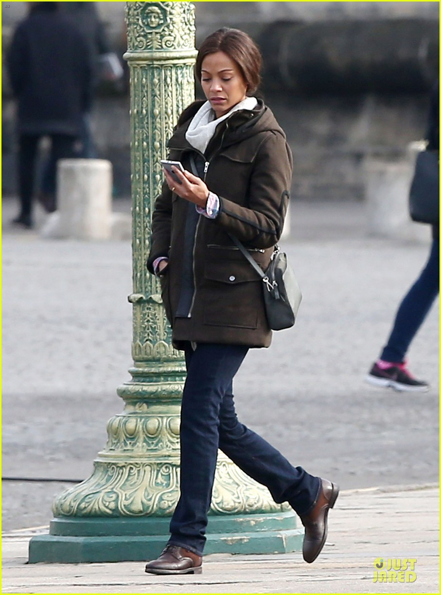 zoe saldana bundled for rosemary baby set 033045302