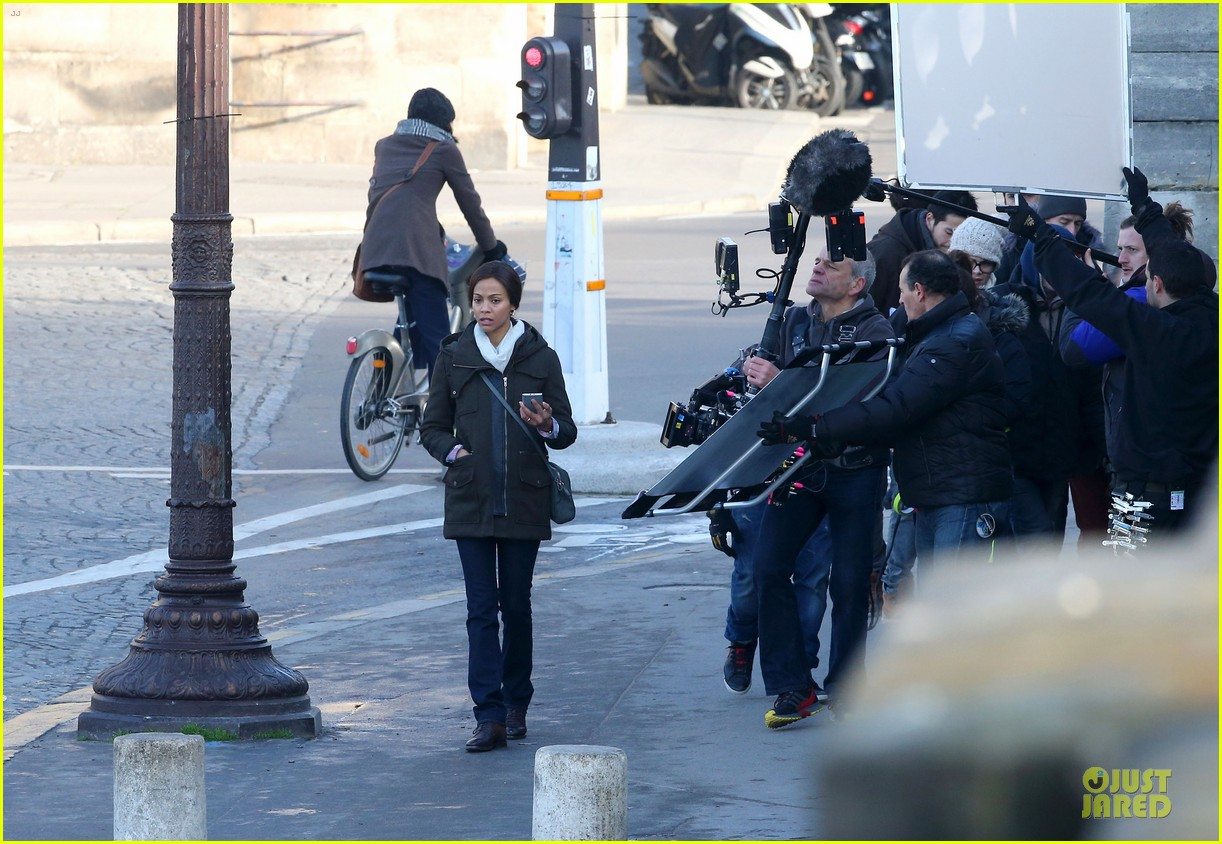zoe saldana bundled for rosemary baby set 073045306