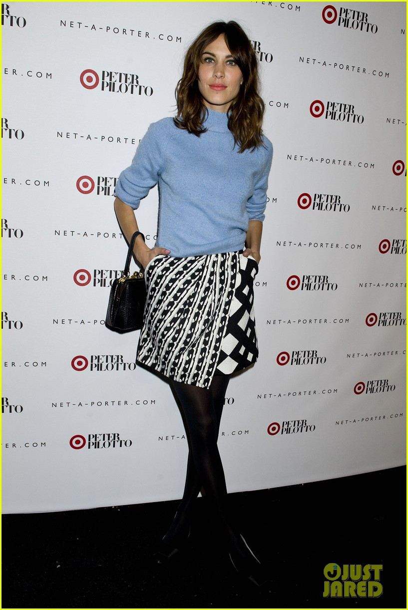 taylor schilling alexa chung peter pilotto for target event 02