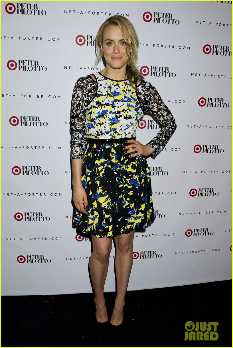 taylor schilling alexa chung peter pilotto for target event 073048838