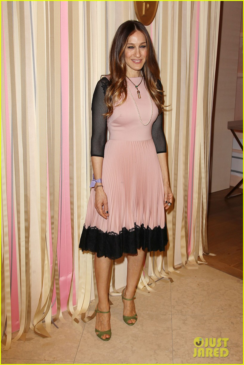 sarah jessica parker shoe collection pop up shop appearance 06