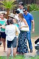 sofia vergara nick loeb sydney zoo trip with modern family co star 24