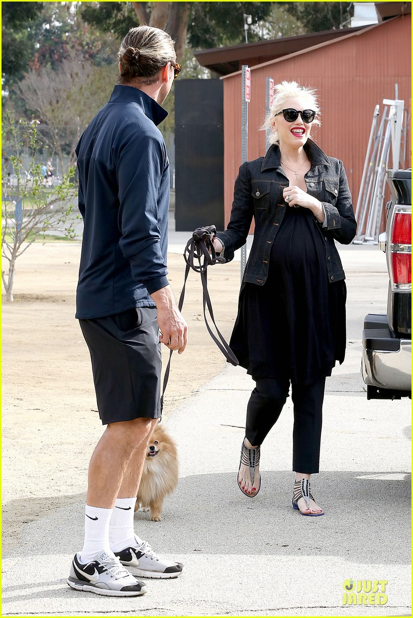 gwen stefani looks about ready to pop in brentwood 30