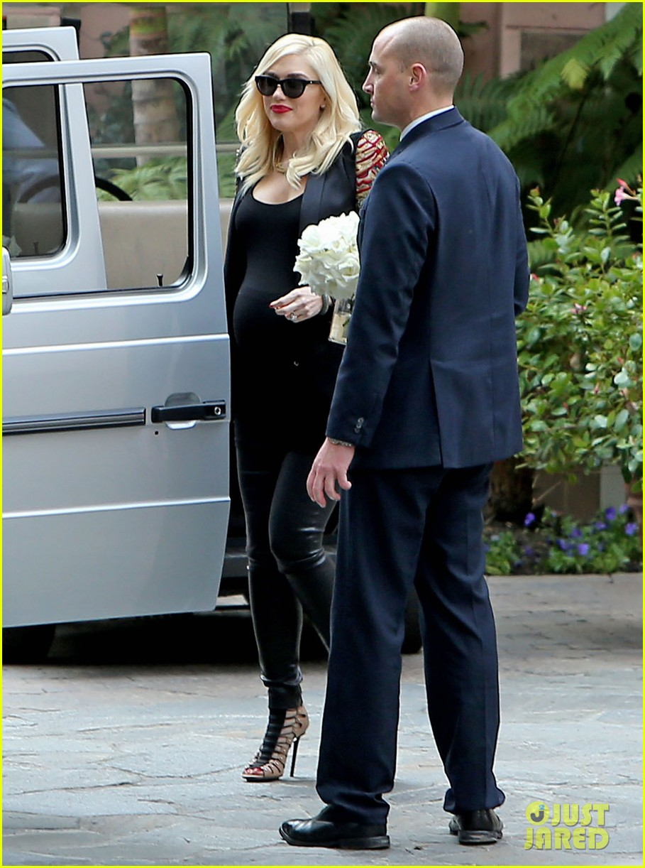 gwen stefani throws star studded baby shower in beverly hills 113050520