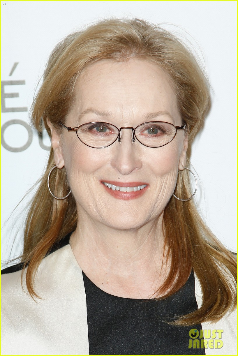 meryl streep rocks pocket dress at august paris premiere 083052994