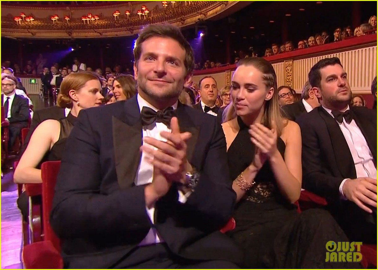 bradley cooper baftas 2014 with girlfriend suki waterhouse 01