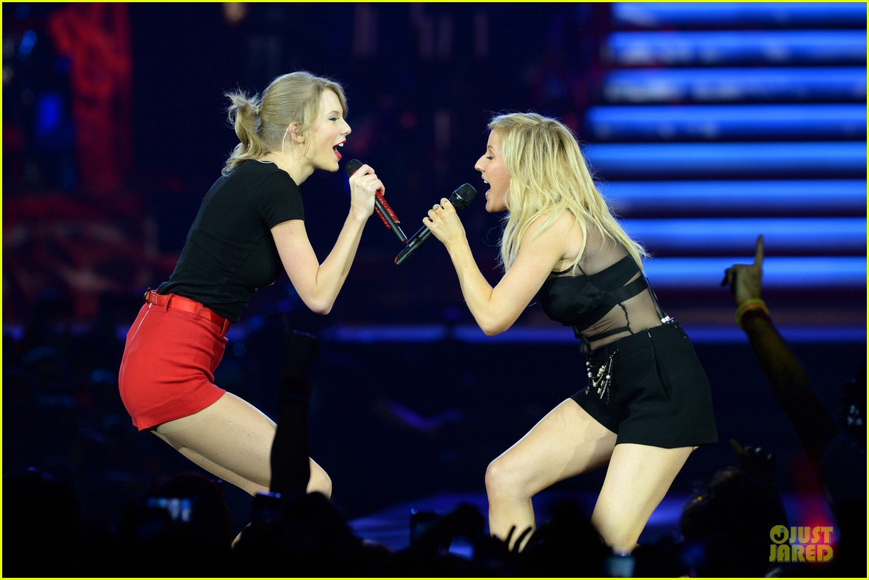 taylor swift ellie goulding perform burn in london watch now 02
