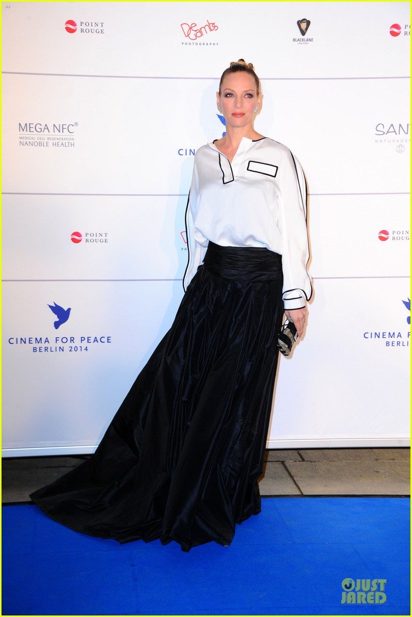uma thurman difference maker at cinema for peace gala 09