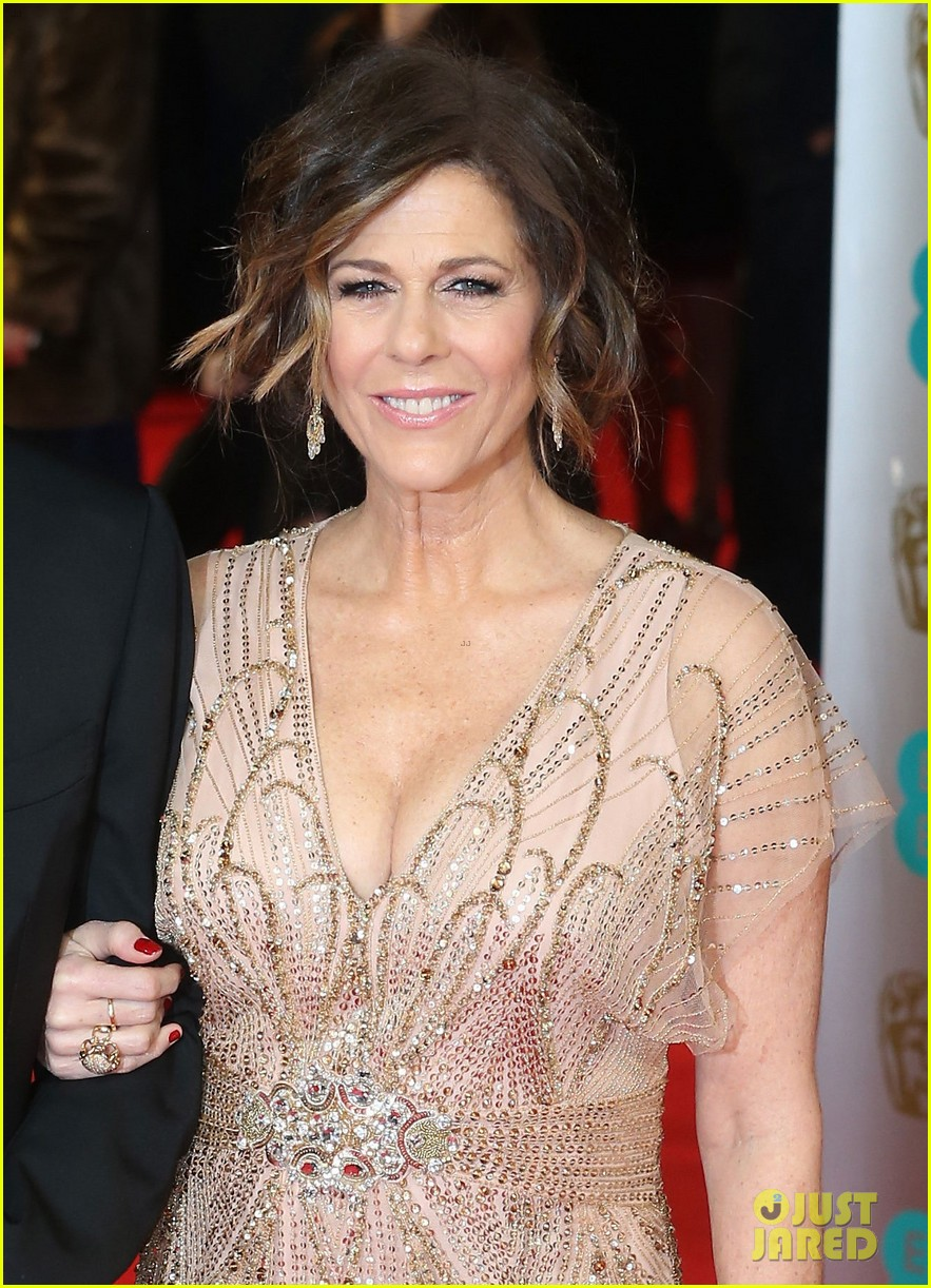 tom hanks rita wilson baftas 2014 red carpet 033054532