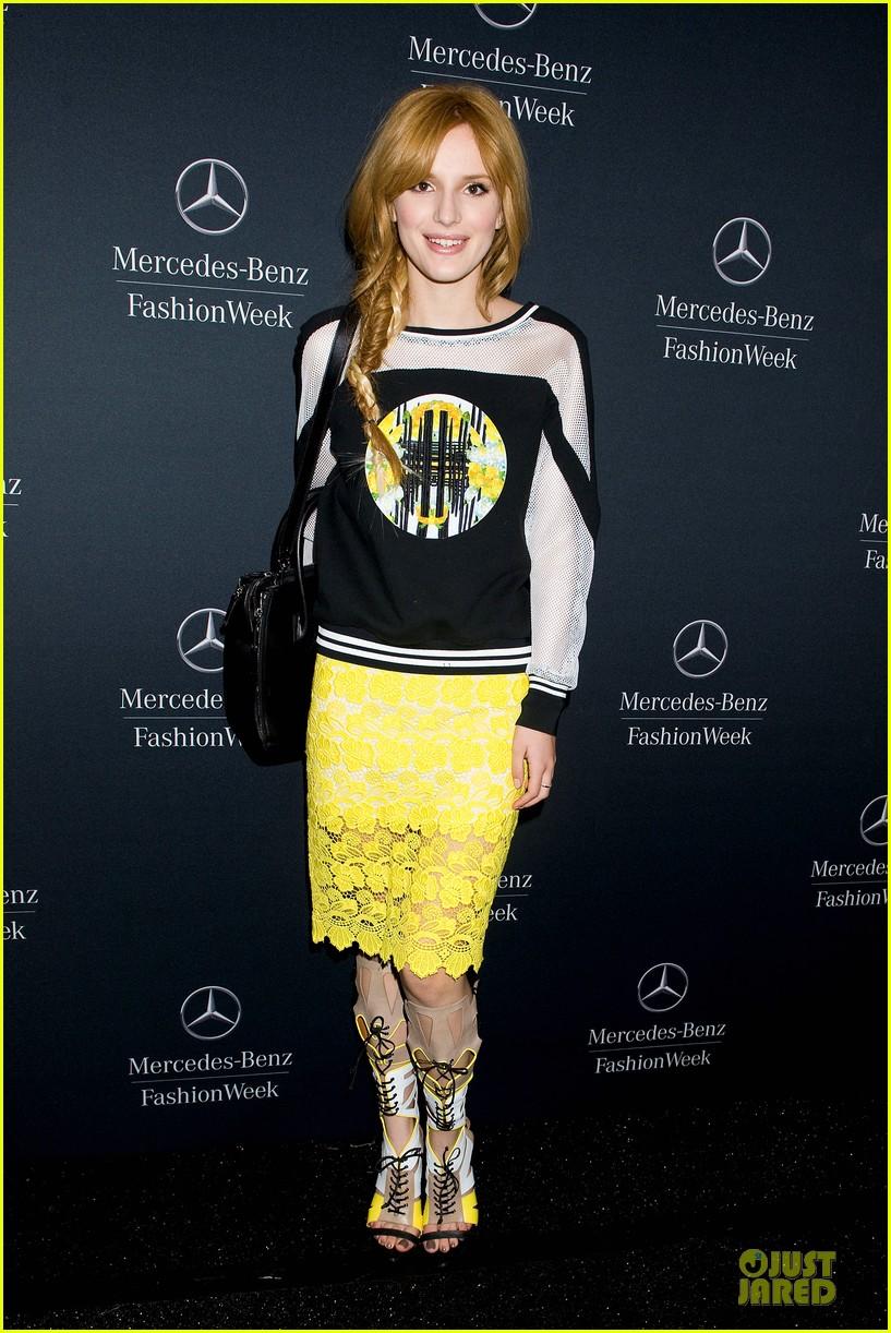carrie underwood anna kendrick rebecca minkoff fashion show 18