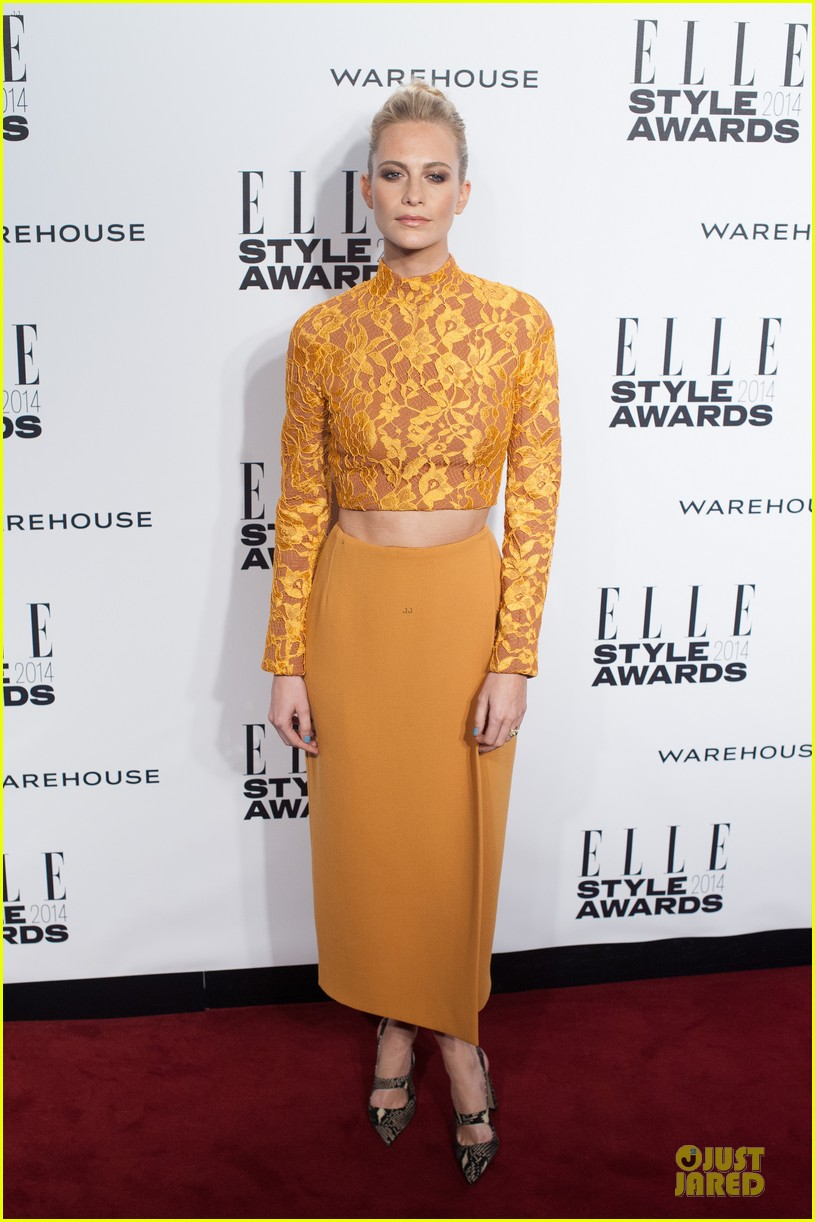 suki waterhouse cara delevingne stunning models at elle style awards 05