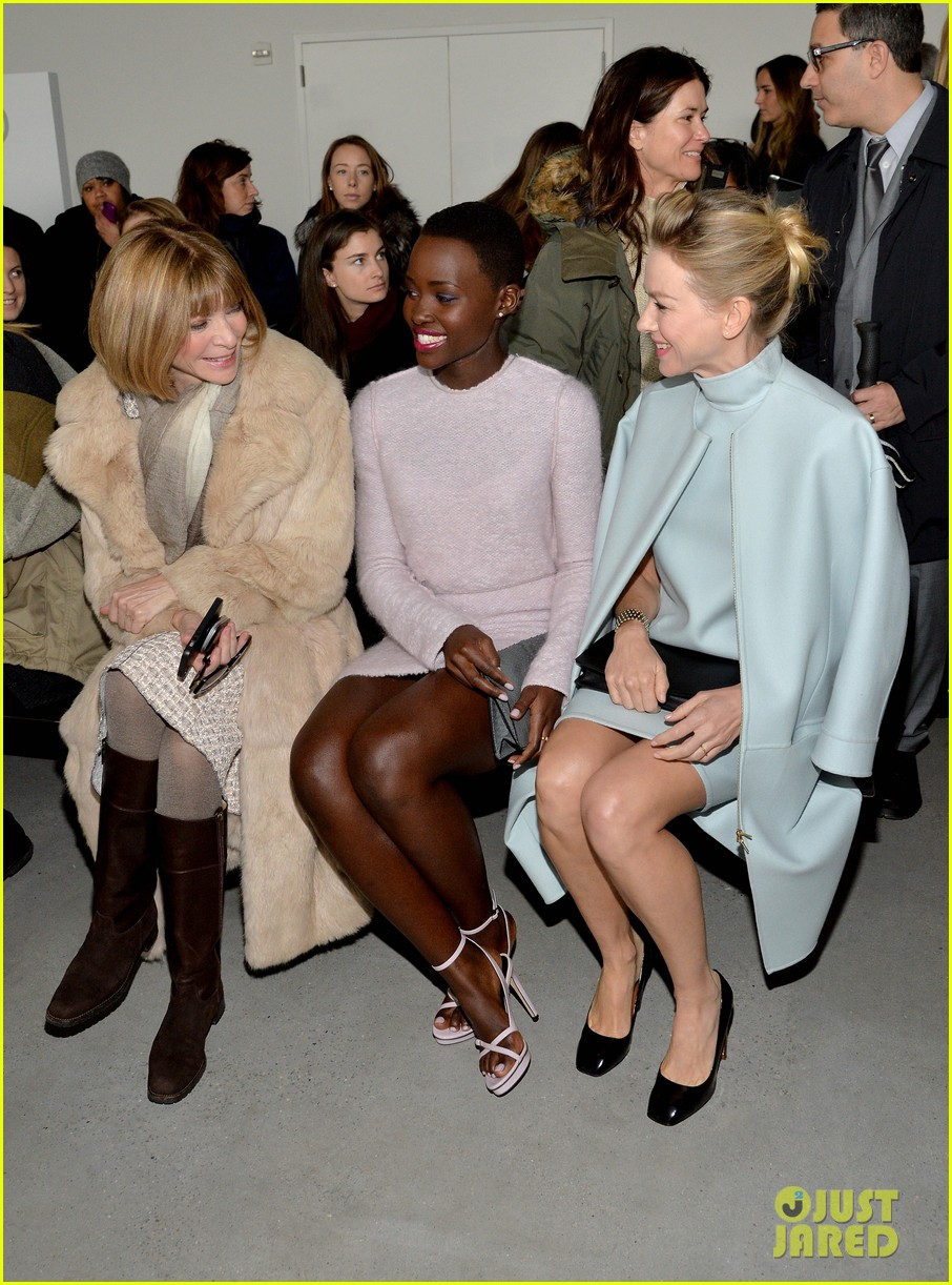 naomi watts lupita nyongo are classy gorgeous at calvin klein fashion show 03