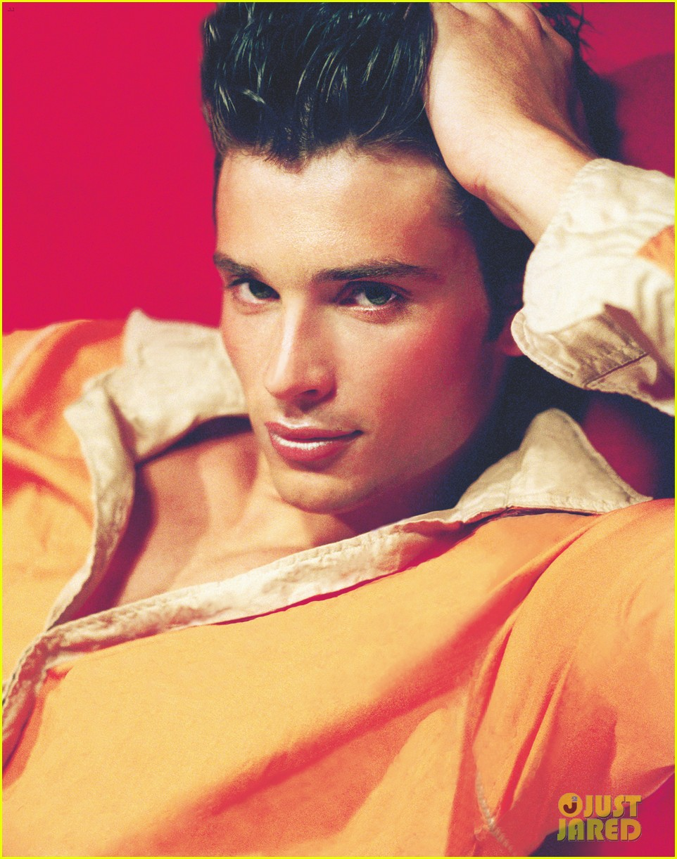 tom welling shirtless for photog andrea marinos new book 02